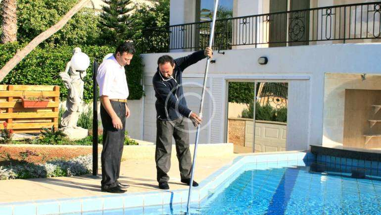 5 Pool maintenance tips that every pool owner should try